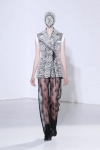 martin-margiela-couture-fall-2012-11-333x500