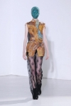 martin-margiela-couture-fall-2012-14-333x500