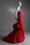 2002-2003-fall-winter-hc-romantic-valentino-red-taffeta-evening-gown-332x500