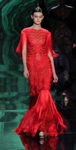 How red carpet gorgeous is this? VERY! Monique Lhuillier Fall 2013 Runway Review and Fashion Show Trends