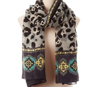 The same Theodora & Callum Scarf as heidi is wearing