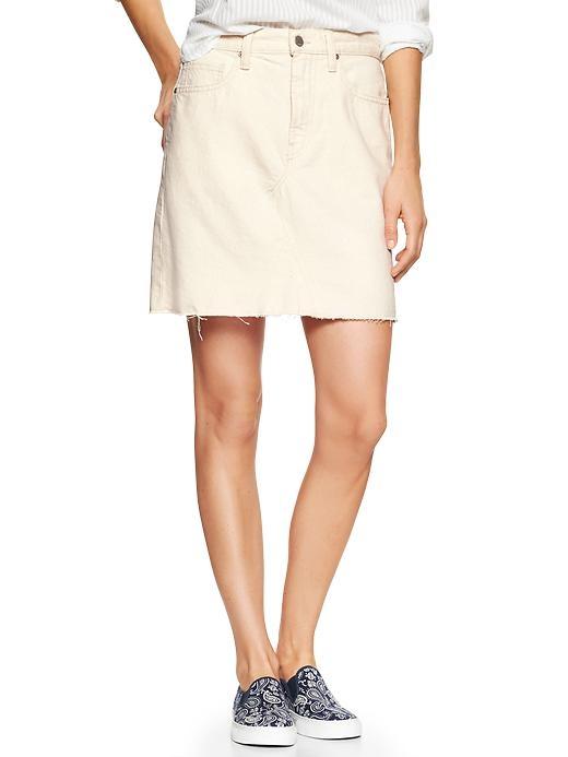 The Gap 1969 High Rise Denim Skirt in Ecru is a super alternative to summer shorts.