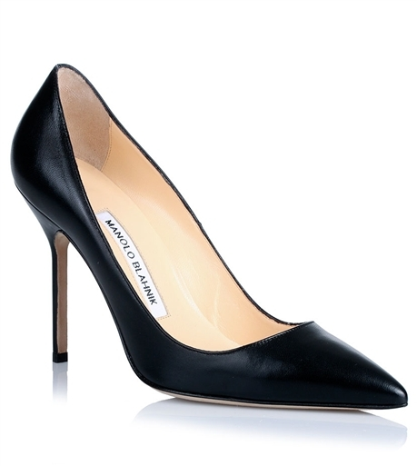 Classic Pumps: BB105 black leather pump by: Manolo Blahnik