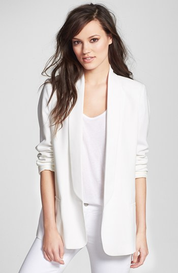 This Mural Slouchy Boyfriend Blazer is a great hybrid, and a fab price too!