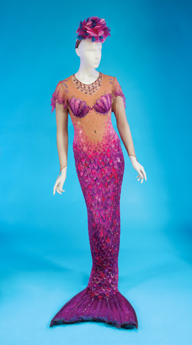 Lot 298: BETTE MIDLER DELORES DE LAGO COSTUME
