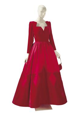 Valentino A Valentino Red Velvet and Satin Ball Gown with Scarlet and Beaded Satin Evening Bag The dress labeled 'Valentino Couture', 1990s Estimate: $3,000-5,000