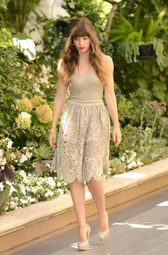 Jessica Biel Works the Nude Trend ? Trend Tuesday