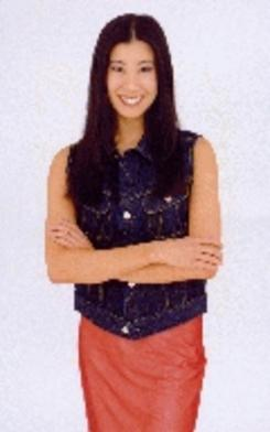 Squash the Blue Suit- Lisa Ling's tips on how to dress for success, the cool way