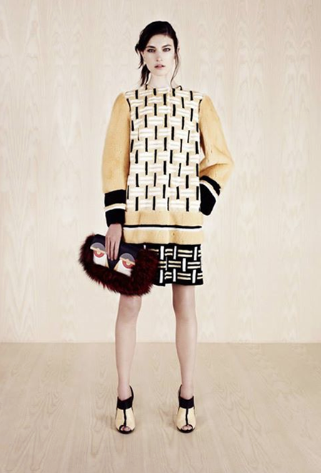 Graphoc mixed print combinations at Fendi Resort 2014