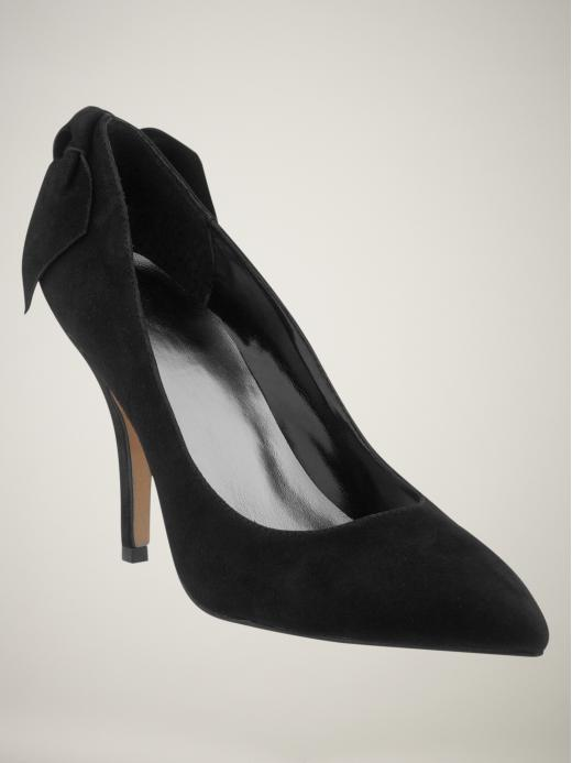 GAP suede bow pumps in black