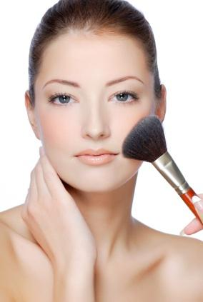 Beauty Tip: Use a generous amount of loose powder under your eyes before applying your eye shadow.