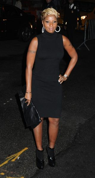 MARY J. BLIGE - Turtleneck Choker Mini Dress