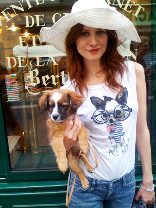 A mademoiselle and her pooch in Paris