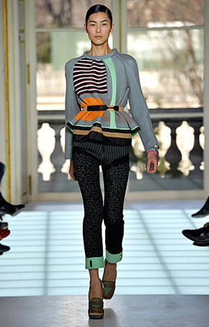 Balenciaga fall / winter 2010 Paris Fashion Week