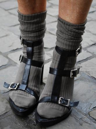 Men's Socks & Strappy Sandals: This is probably the most difficult look to pull off unless you are fashionably adroit