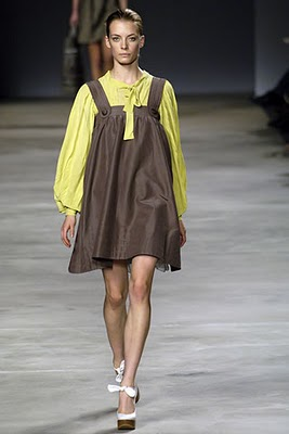 Chloe's S/S 2006 take on the 70's
