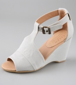 These are the FIRST white shoes that I bought in years: MM6 Maison Martin Margiela  Canvas T Strap Wedge Sandals