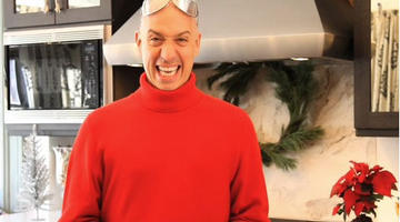 Robert Verdi in a still from Robert Verdi's Holiday 2010 Video Gift Guide