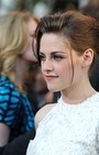 Kristen Stewart's Chic and Simple Red Carpet Hairstyle is a Summer Hair Do