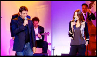 Carla Bruni performs with Harry Connick Jr on French TV wearing a jacket from GAP Kids