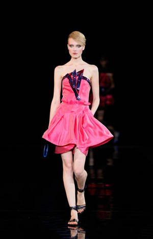 Giorgio Armani collection - Spring / Summer 2010